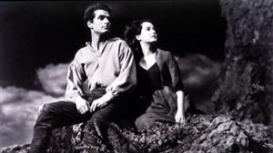 Laurence Olivier y Merle Oberon en Cumbres borrascosas (1939).