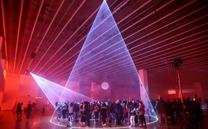 Llum BCN: un espectacular festival de luces, colores y sonidos en el Poblenou