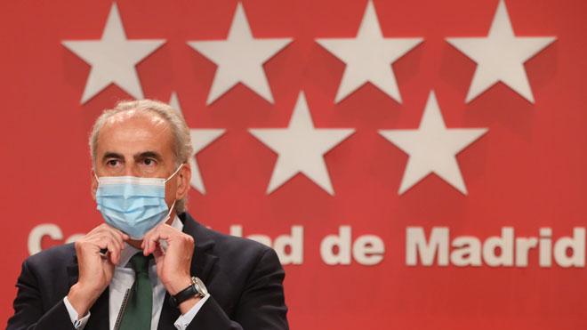 Madrid prohíbe la actividad social entre las 12 de la noche y las 6 de la mañana. Así lo ha explicado Enrique Ruiz Escudero.