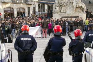 Manifestación en protesta por la muerte de Cabacas días después de su fallecimiento, en abril de 2012