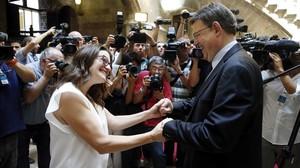 Mónica Oltra y Ximo Puig, este lunes, después de comunicar a los medios la composición del nuevo Ejecutivo valenciano.
