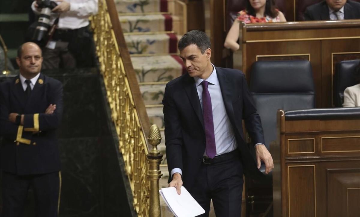 Pedro Sánchez comparece en el pleno del Congreso de los Diputados para informar sobre la próxima reunión del Consejo Europeo.