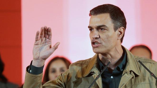 Sánchez exige a Rivera y Casado lealtad al Estado ante la crisis de Venezuela