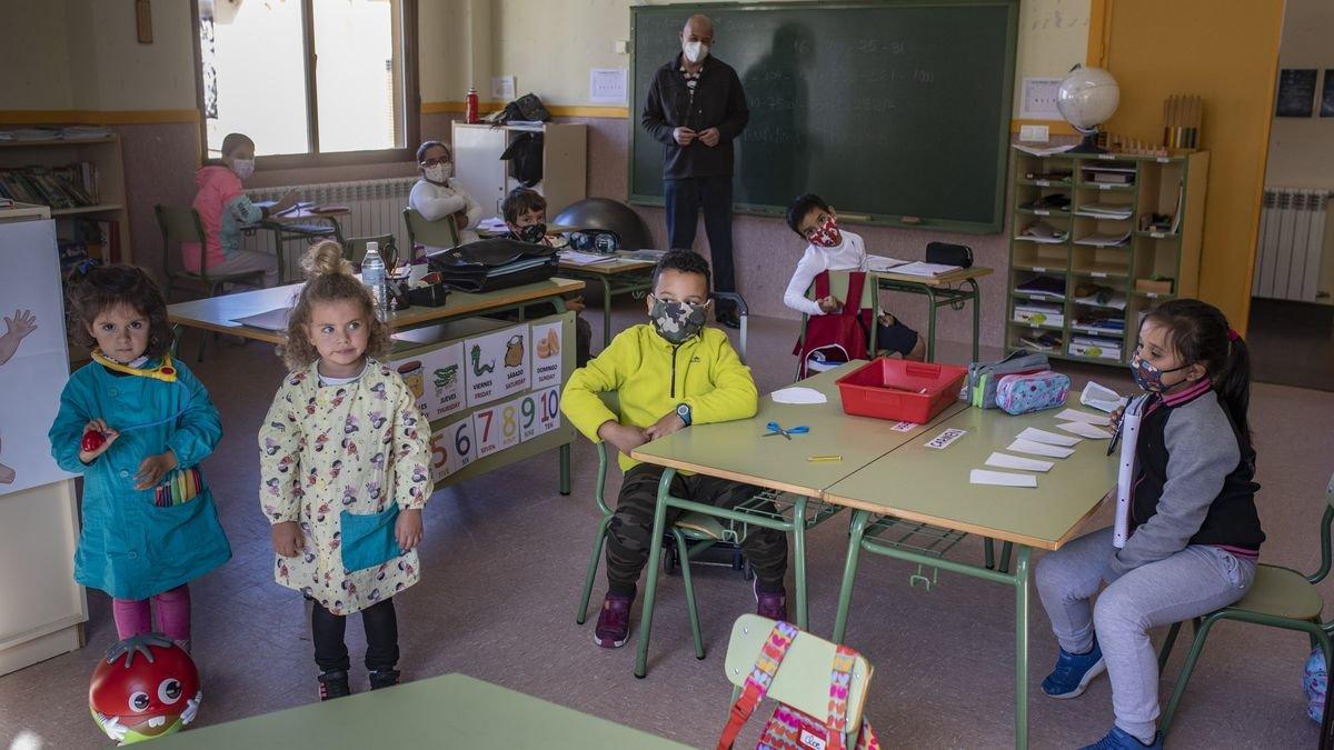 Alumnos del colegio de Arrabalde.