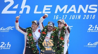 Alonso gana las 24 Horas de Le Mans a lo grande