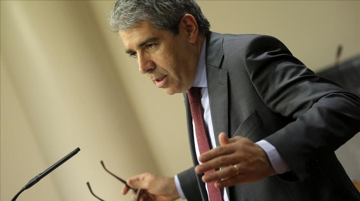 Francesc Homs, en rueda de prensa en Congreso.