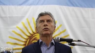 Argentina pide ayuda al FMI por el hundimiento del peso