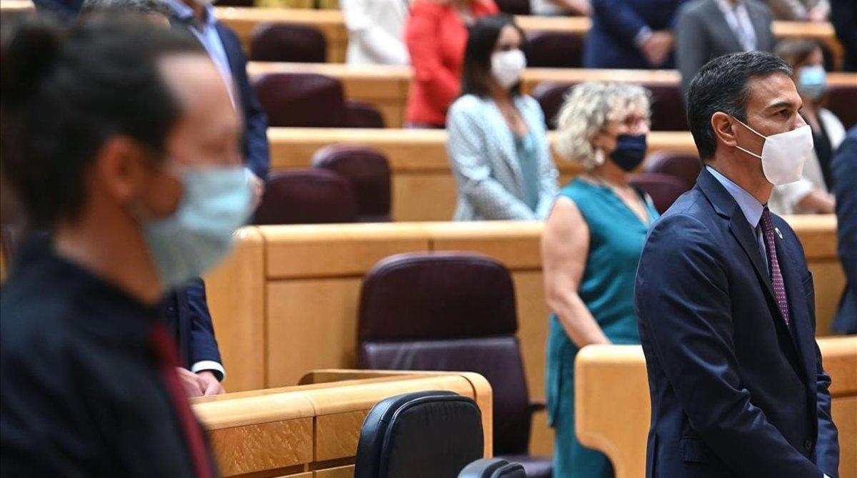 El presidente, Pedro Sánchez, y el vicepresidente segundo, Pablo Iglesias, el pasado 8 de septiembre en el Senado.