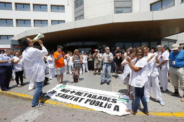 Protesta contra los recortes en el hospital de Bellvitge, el pasado julio.