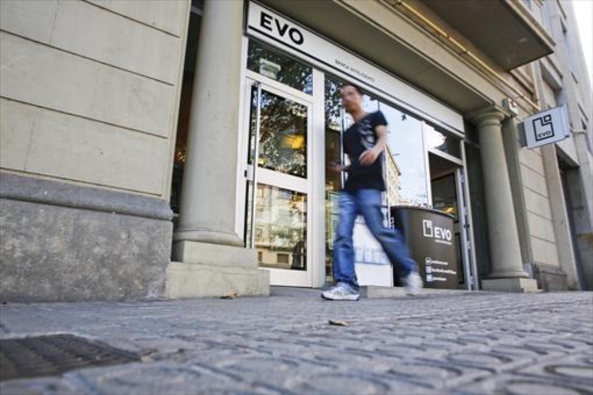Oficina de Evo Banco en la plaza de Tetuan de Barcelona.