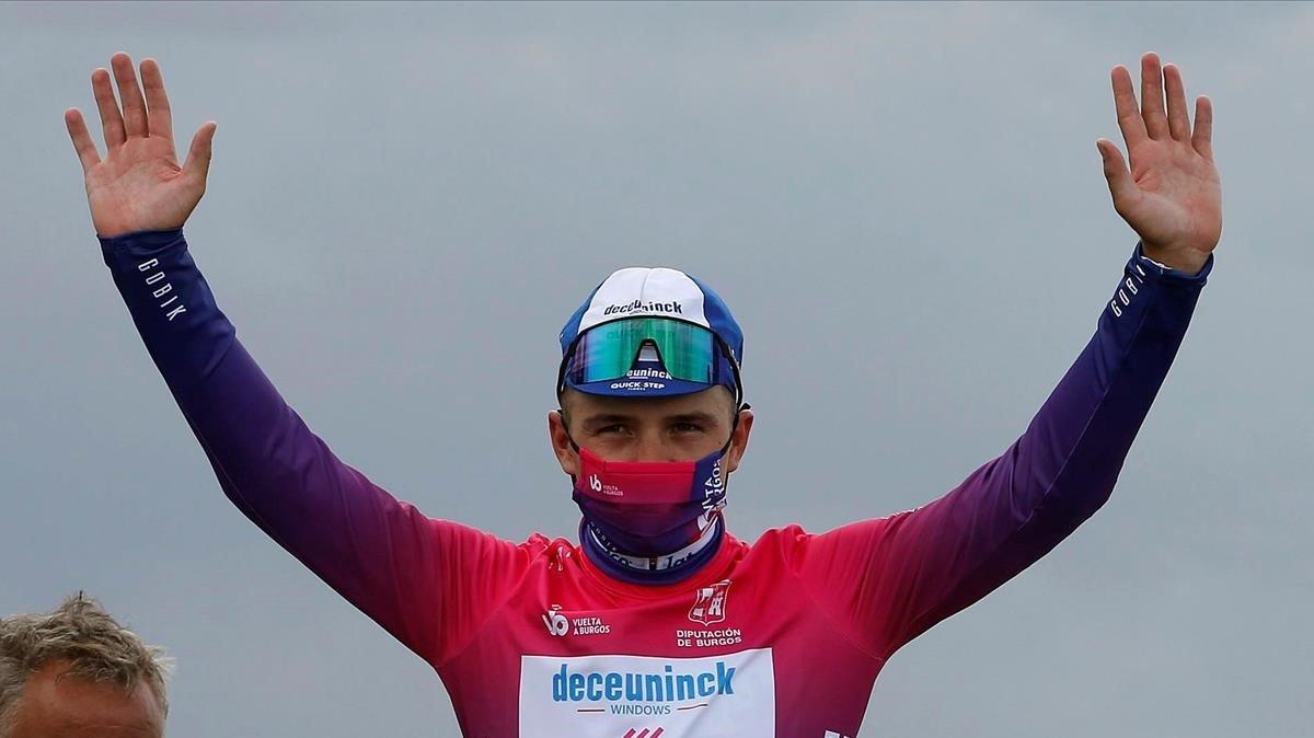 Remco Evenepoel, en el podio de la Vuelta a Burgos.