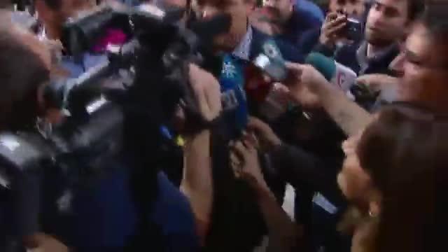 Sánchez, a los periodistas a su llegada al Congreso: Os he echado de menos.