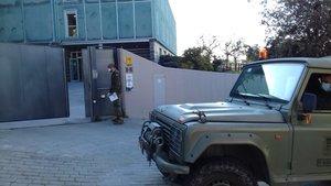 La UME realizó tareas de desinfección en varias residencias de Esplugues durante el fin de semana