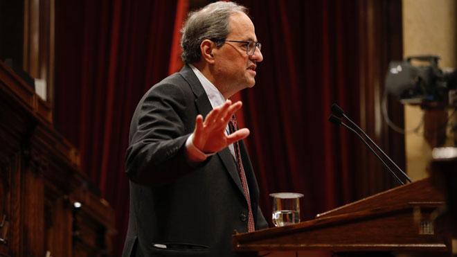 El pacte Colau-PSC provoca una bronca al Parlament