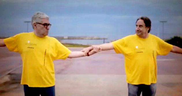 Video de apoyo a la Via Catalana de Quim Monzó y Juanjo Puigcorbé.