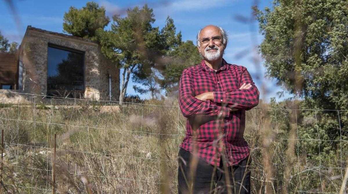 """Carles Fontanillas: """"Mi casa no está conectada a la red eléctrica"""""""