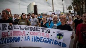 Els veïns de la Barceloneta ajornen noves accions