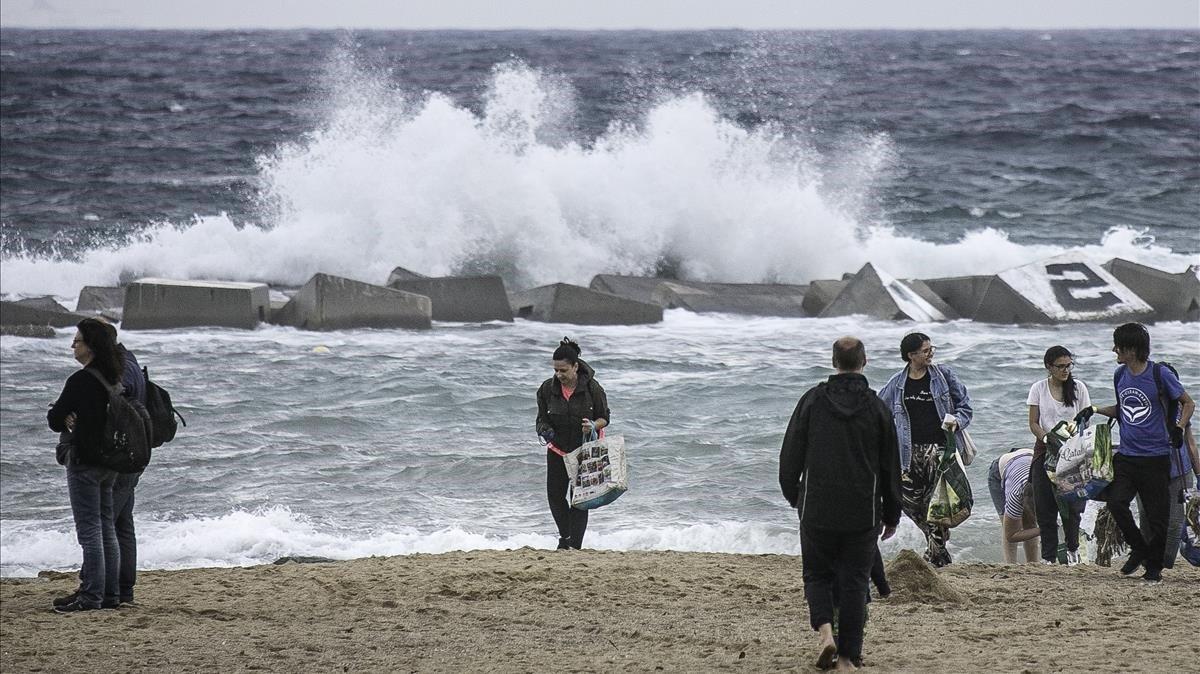 El temporal amenaça el litoral mediterrani