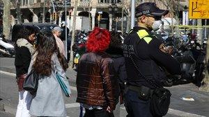 Un agente de la Guardia Urbana de Barcelona.