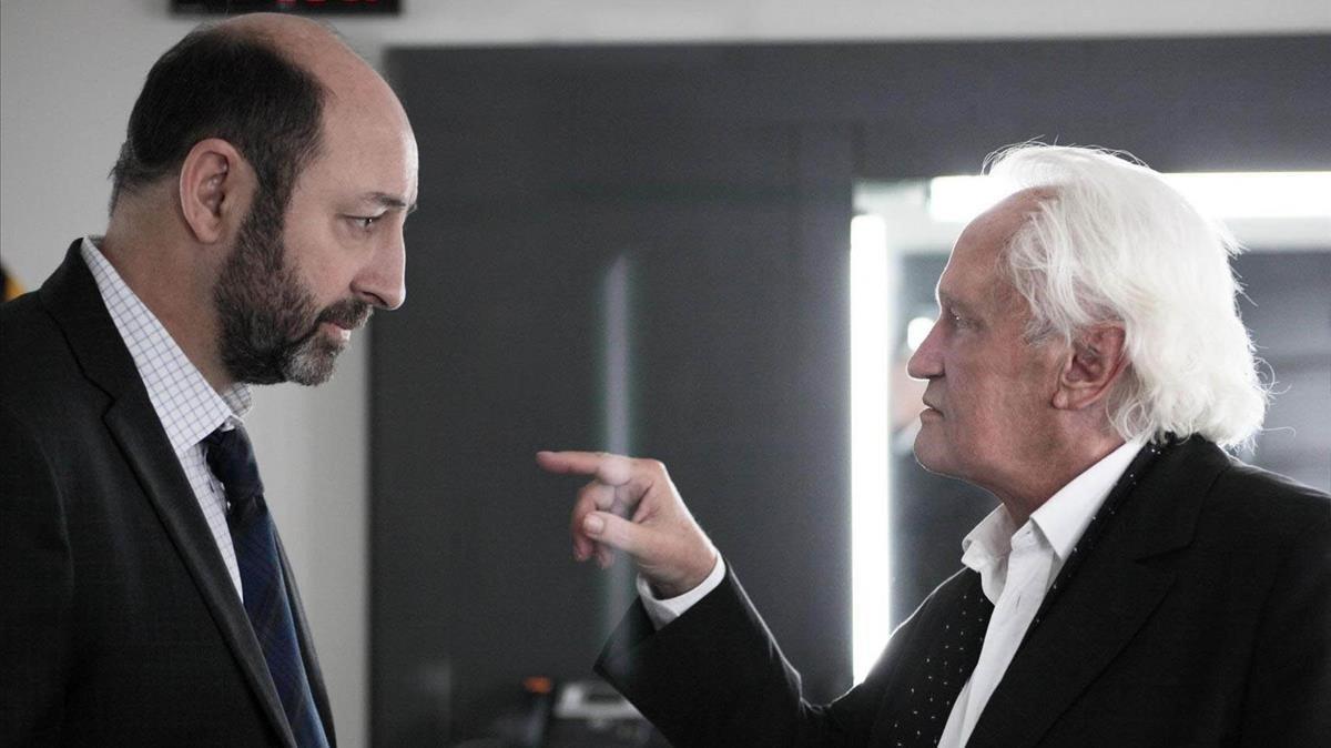 Kad Merad, en el papel de Philipe Rickwaert, y Niels Arestrup, florentino presidente de la república.