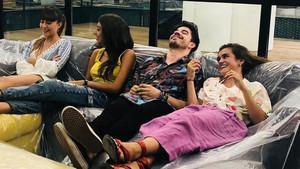 Aitana, Ana, Roi y Amaia.