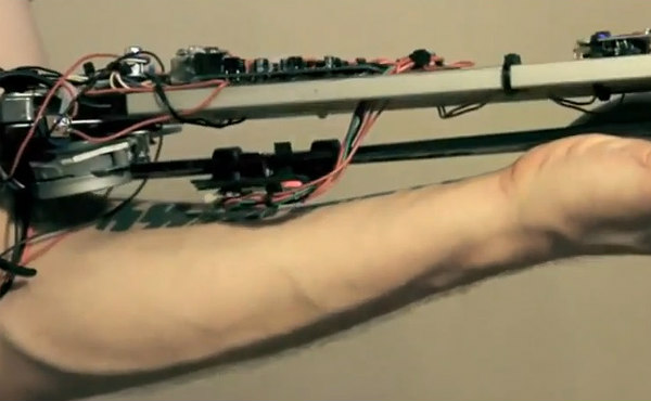 Imagenes Tatuajes Violin un músico ruso crea un tatuaje que toca el violín