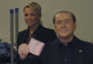 Berlusconi assignarà 20 milions d'euros a la seva exnòvia Francesca Pascale