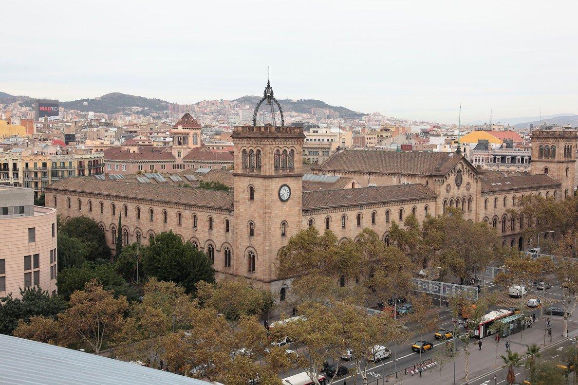 El edificio de la Universitat de Barcelona.