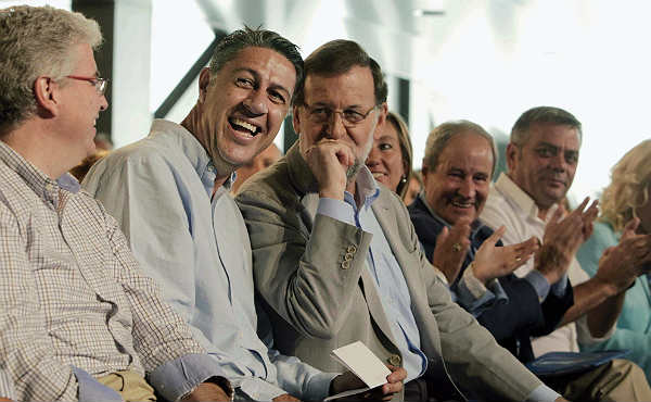 El candidato del PPC, Xavier García Albiol, en unas declaraciones donde rechaza los bailes de los socialistas.