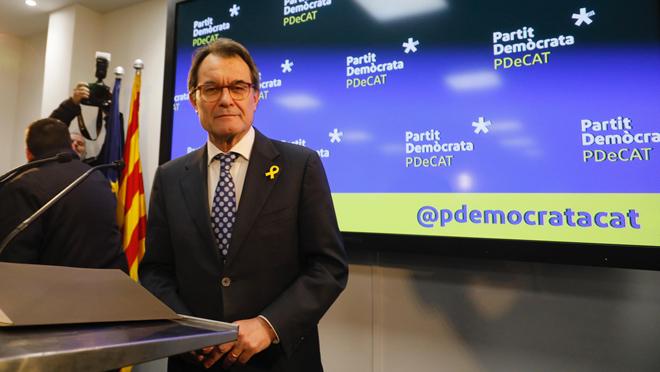 Artur Mas dimite como presidente del PDeCAT, y recibe la imputación por el 1-0.
