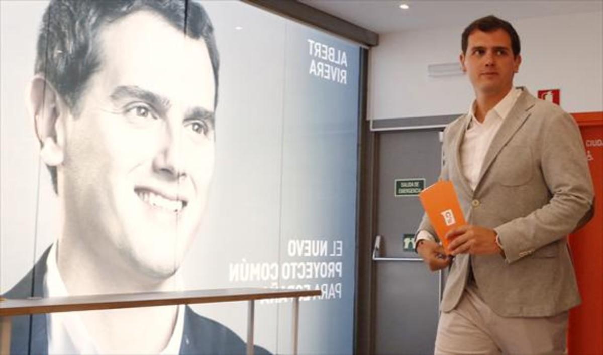 El líderde Ciudadanos, Albert Rivera, el martes, en Madrid, durante la presentación de la memoria económica y el programa electoral.