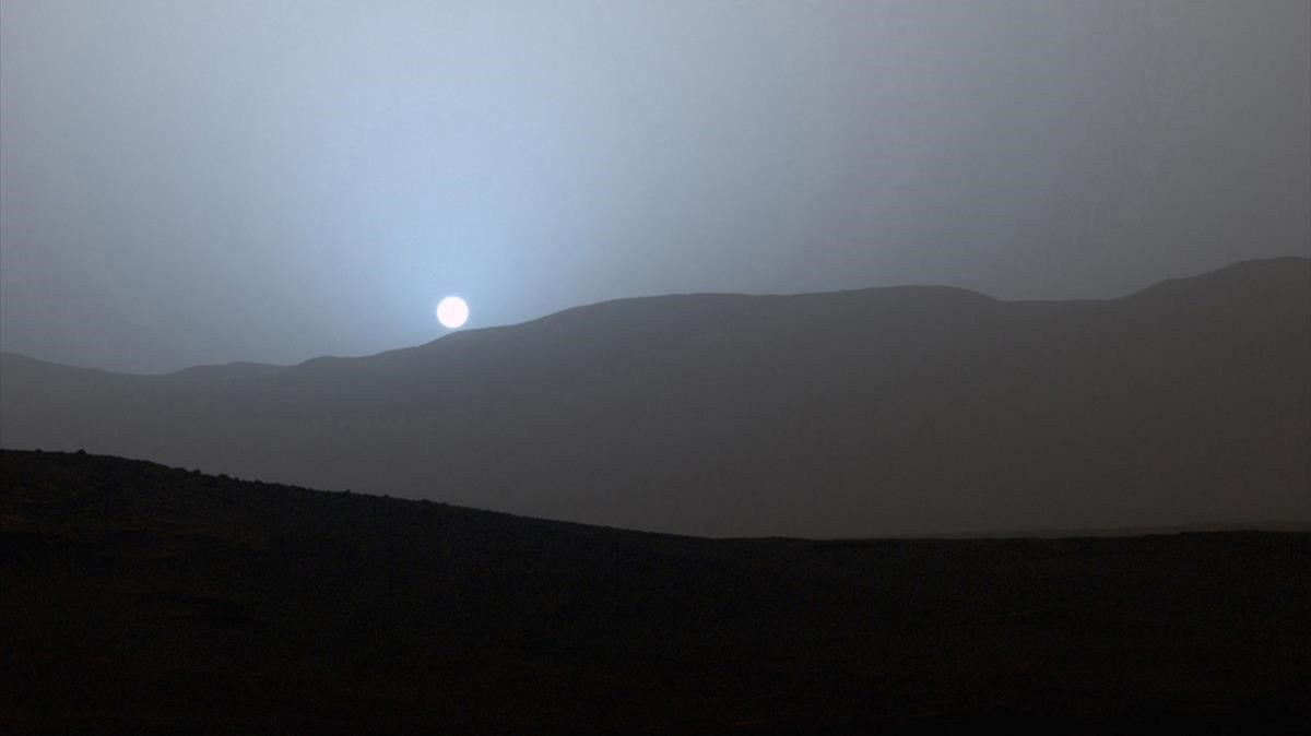 Atardecer en Marte captado por el rover Curiosity el pasado mes de abril