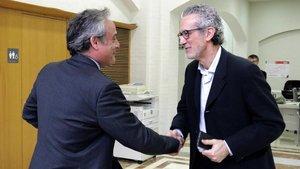 El concejal de Giorona, Carles Ribas, y el subdelegado del gobierno, Alberto Bramon, esta mañana