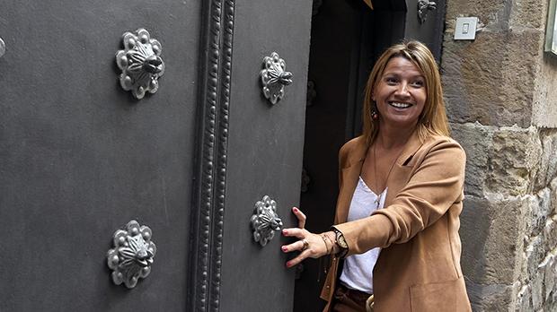 La concejala del Ayuntamiento de Barcelona, Eva Parera, anuncia su marcha de la Lliga Democrática