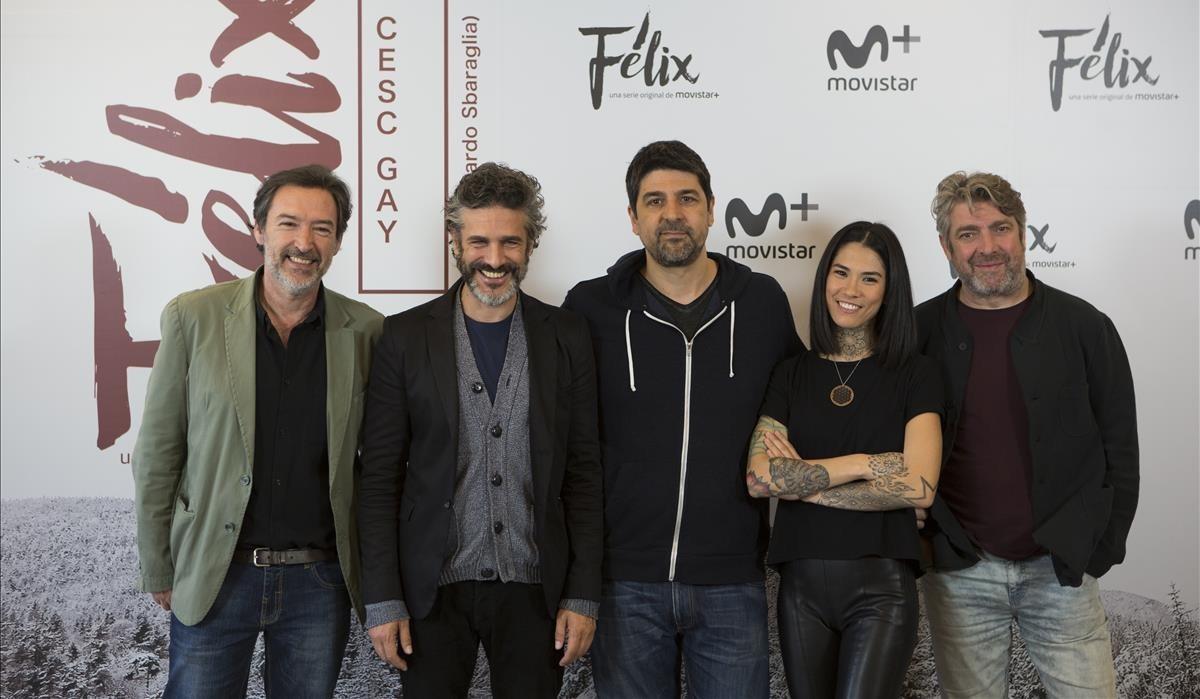 Deizquierda a derecha,Ginés García Millan, Leonardo Sbaraglia, Cesc Gay, Mi Hoa Lee y Pere Arquillué, en la presentación de Félix.