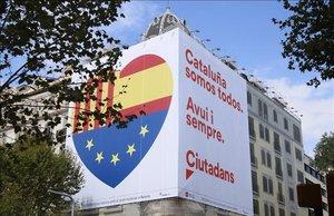Pancarta de Ciutadans en Barcelona con motivo de la Diada.
