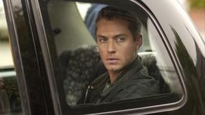 Jude Law, en la película Breaking and entering.