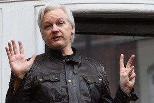 Julian Assange cuando aún estaba asilado en la embajada de Ecuador en Londres.