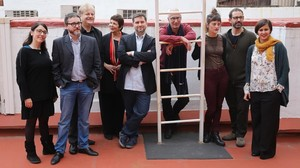 Los ganadores de los premios de la Nit de Santa Llúcia: David Cirici, Maria Cabrera, Jenn Díaz, Oriol Canosa, Martín Piñol, Mary Ann Newman y el equipo de Enderrock.