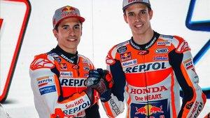 Marc y Àlex Márquez se han presentado, hoy, en Indonesia, con el equipo Repsol Honda, poseedor de la Triple Corona en MotoGP.