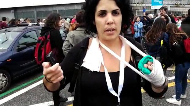Marta Torrecilla agredida a l'Institut Pau Claris.