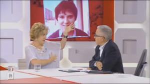 Pilar Rahola y Xavier Sardà, durante una intervención televisiva.