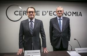 El president de la Generalitat, Artur Mas, y el presidente del Cercle dEconomia, Antón Costas, en un encuentro el pasado 25 de febrero.