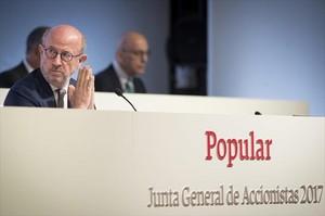 El presidente del Banco Popular, Emilio Saracho, en la junta de accioinistas de la entidad.