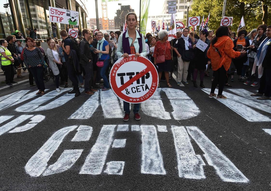 Protesta contra el acuerdo CETA en Bruselas.