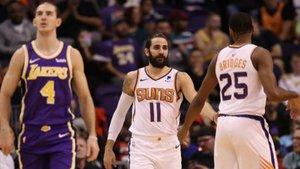 Ricky Rubio celebra una jugada durante el partido ante los Lakers.