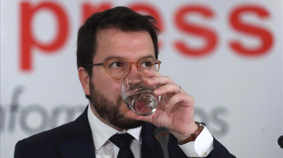 El 'vicepresident'de la Generalitat, Pere Aragones, durante su intervencion este jueves en un desayuno informativo en Madrid.