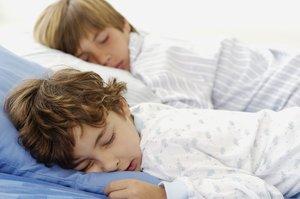 Somnifòbia infantil: com podem afrontar la por d'anar-se'n a dormir