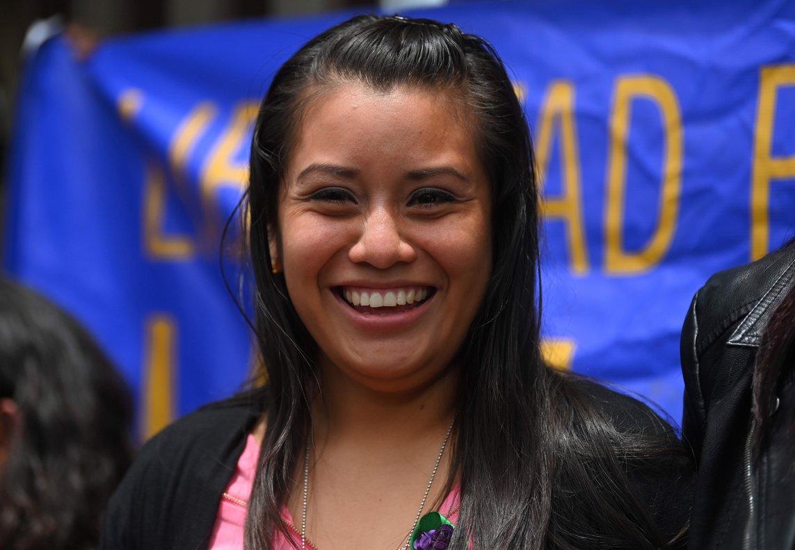 Evelyn Hernández, la joven que fue absuelta del delito de aborto en El Salvador.