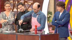 Santiago Segura en la nueva entrega de 'Masterchef Celebrity 4'.